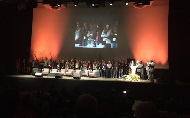2015-10-09 - pleinière finale, remerciements aux salariés de RNF (dont Fany Miss à l'écran) et du CEN Nord-Pas de Calais © O. Tostain